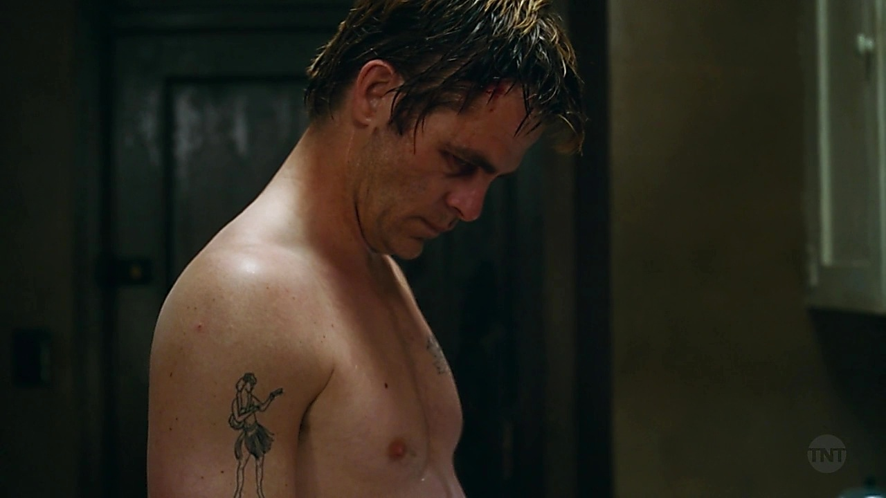 Chris Pine latest sexy shirtless scene January 29, 2019, 11am