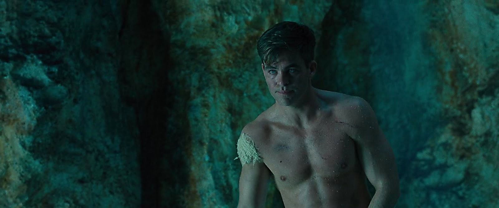 Chris Pine sexy shirtless scene August 29, 2017, 1pm