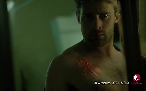 Christian Cooke   Witches Of East End 2x05 4