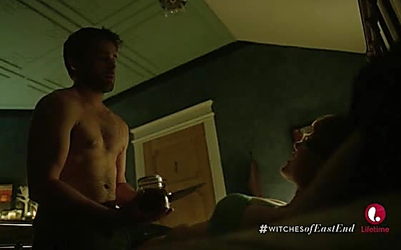 Christian Cooke   Witches Of East End 2x08 30