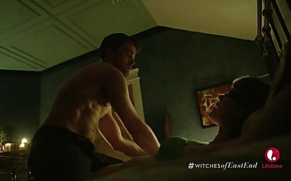 Christian Cooke   Witches Of East End 2x08 32