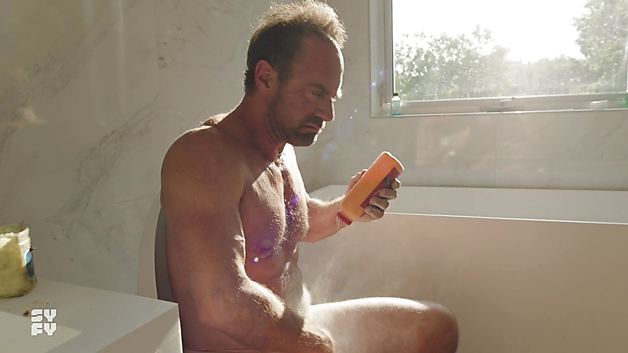 Christopher Meloni sexy shirtless scene March 28, 2019, 12pm