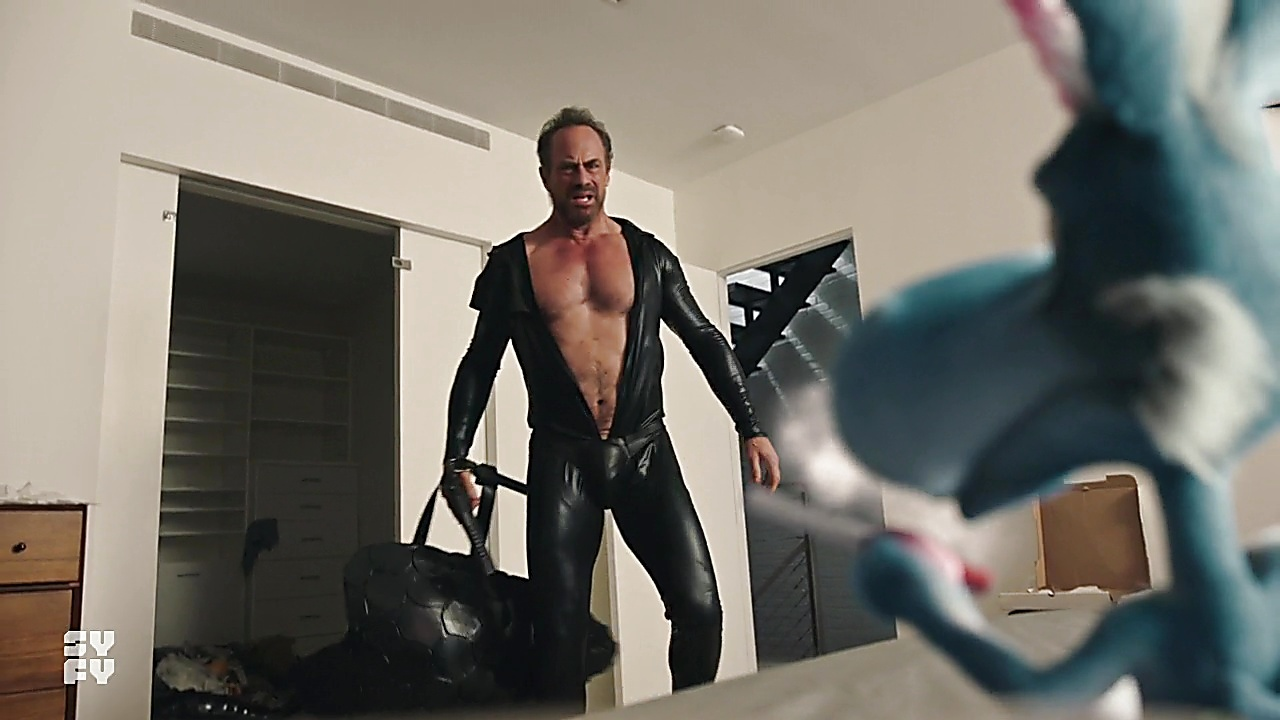 Christopher Meloni sexy shirtless scene May 9, 2019, 9am