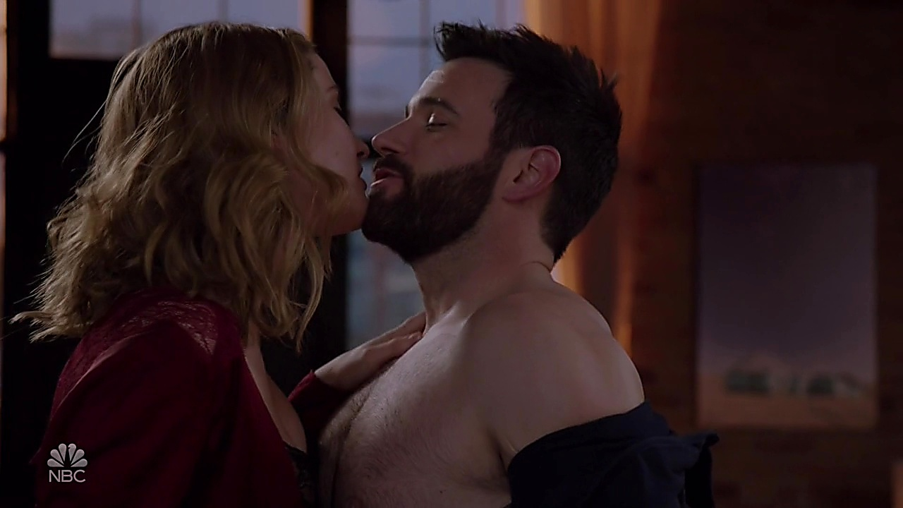 Colin Donnell latest sexy shirtless scene January 10, 2019, 12pm