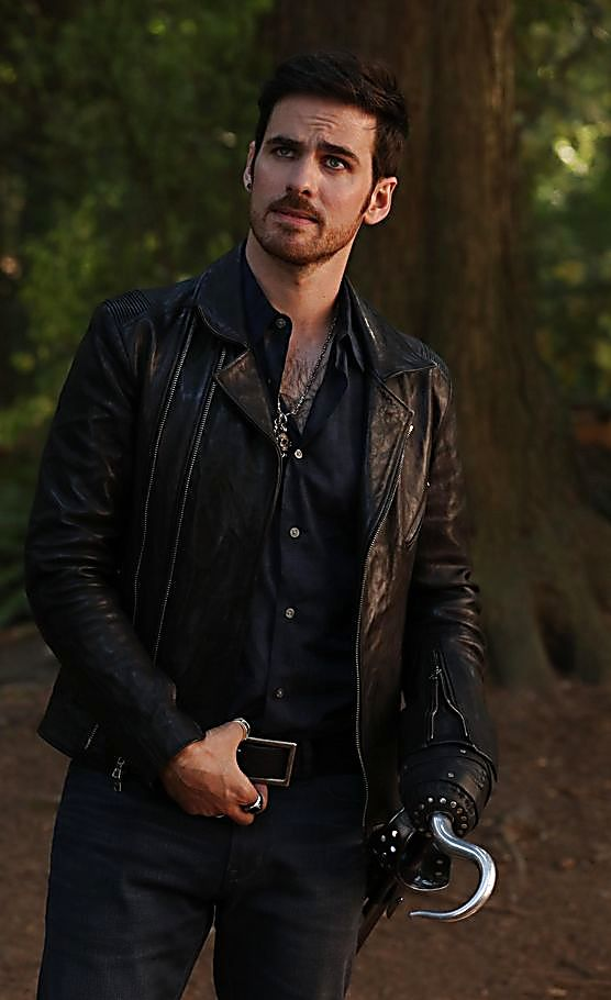 Colin O Donoghue sexy shirtless scene August 8, 2017, 12pm