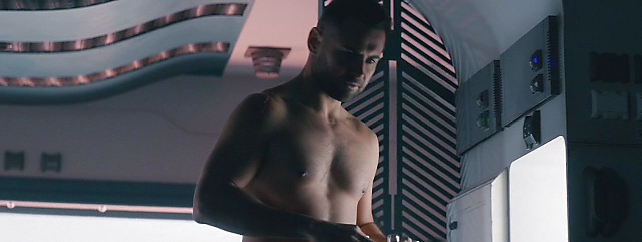 Daniel Macpherson sexy shirtless scene July 26, 2017, 10am