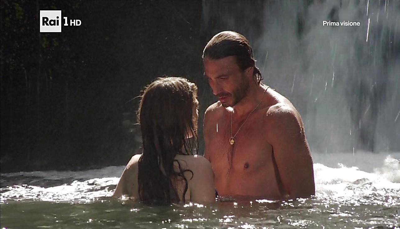Daniele Liotti sexy shirtless scene February 1, 2017, 1pm
