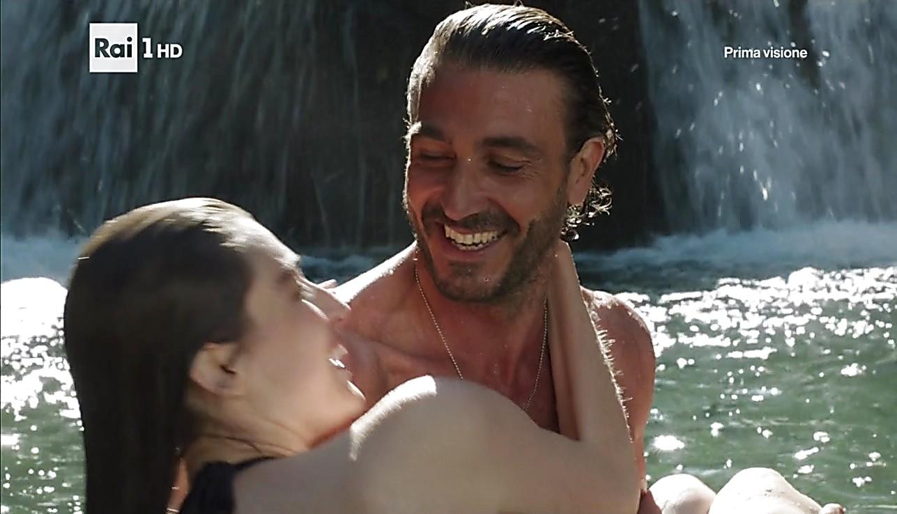 Daniele Liotti sexy shirtless scene February 5, 2017, 11am