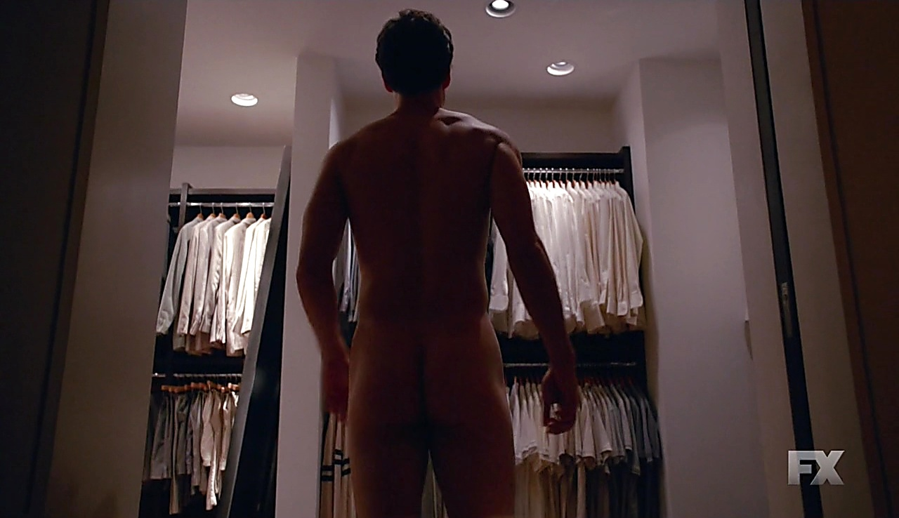 Darren Criss sexy shirtless scene January 18, 2018, 3am