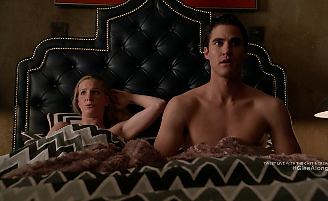 Darren Criss sexy shirtless scene May 15, 2014, 4pm