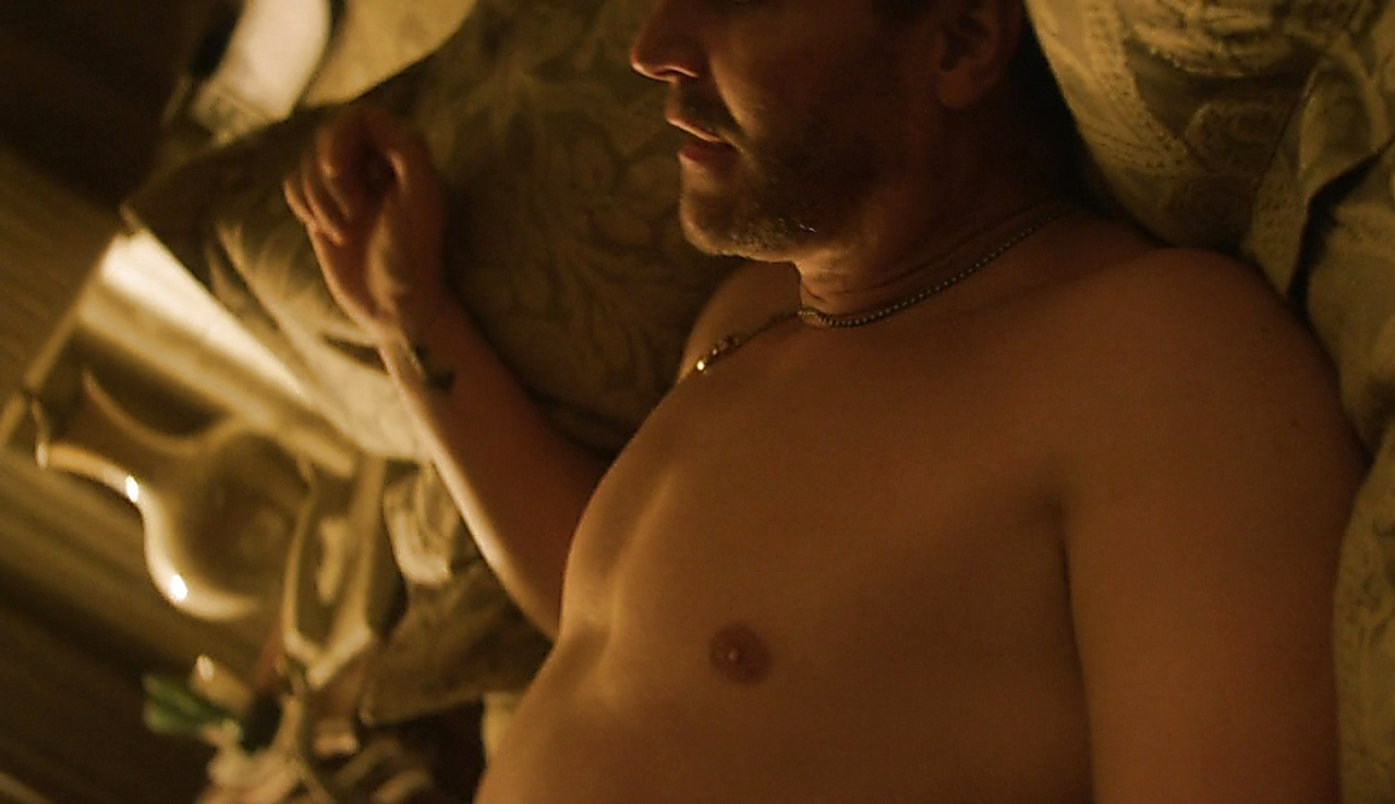 David Boreanaz sexy shirtless scene October 19, 2017, 12pm