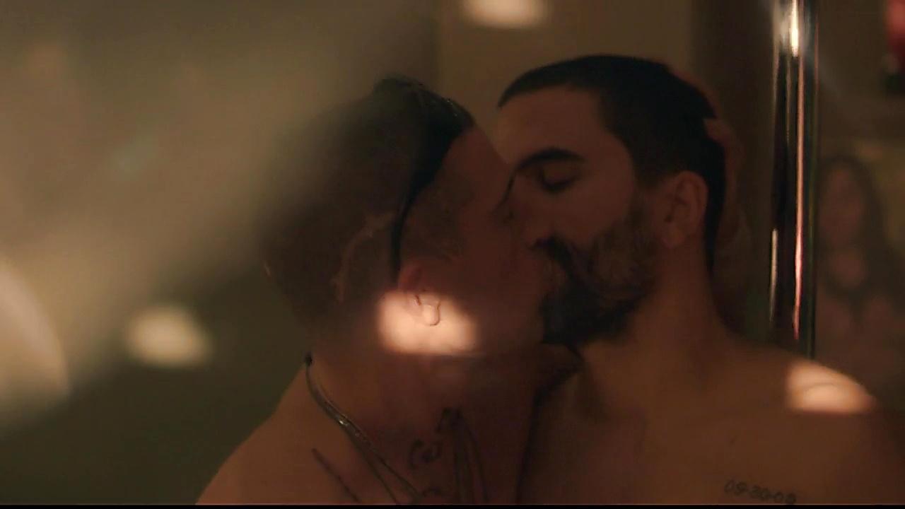 David Chocarro sexy shirtless scene October 9, 2018, 11am