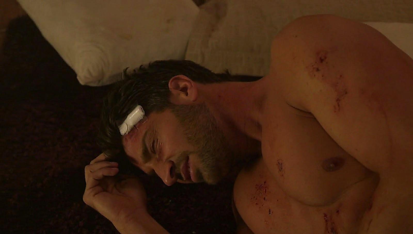 David Chocarro sexy shirtless scene April 25, 2017, 12pm