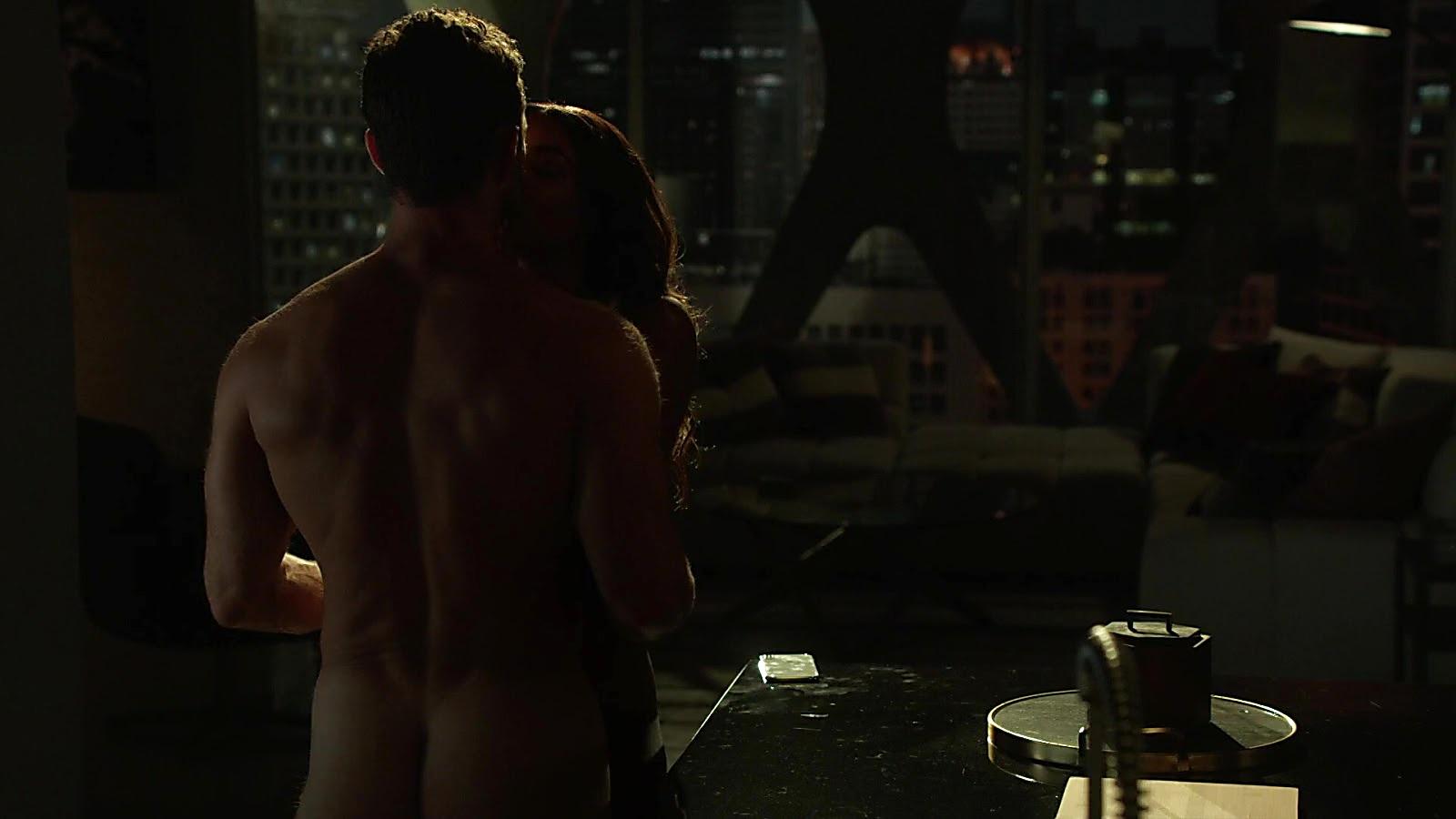 David Fumero sexy shirtless scene July 21, 2020, 12pm