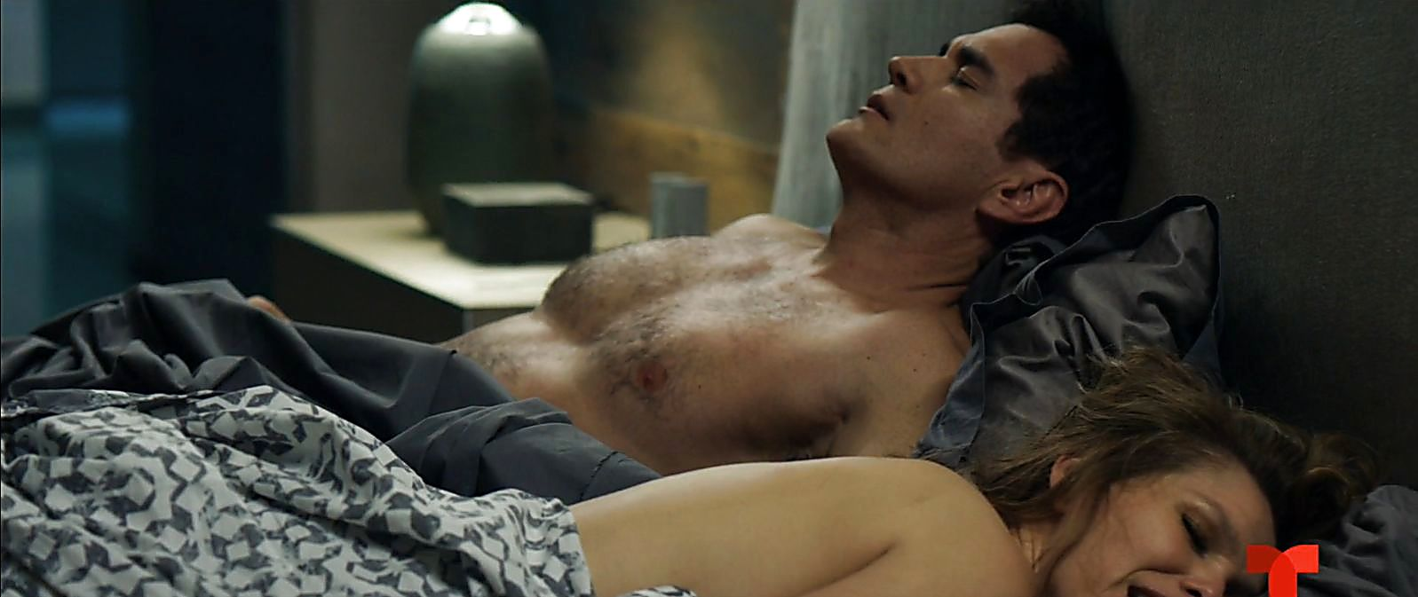 David Zepeda sexy shirtless scene April 1, 2020, 5am