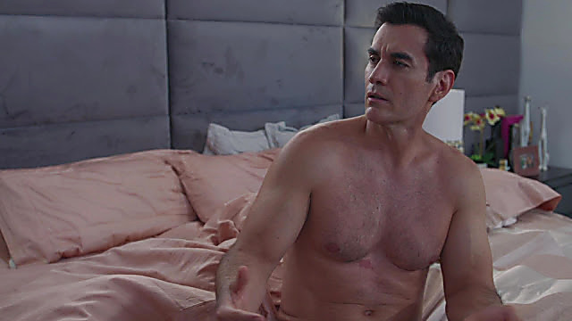 David Zepeda sexy shirtless scene November 13, 2020, 5am