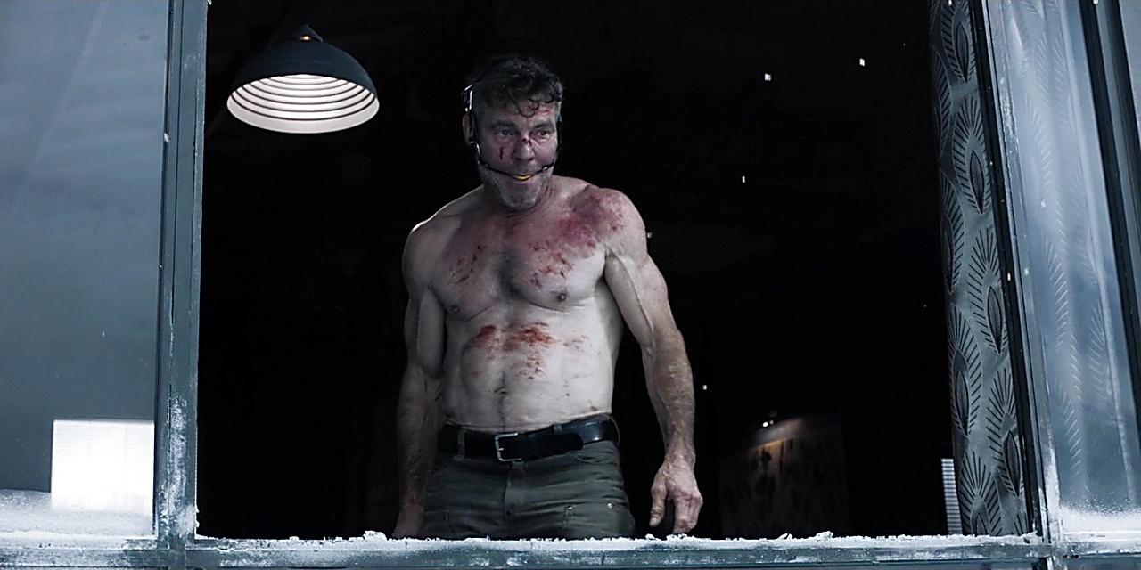 Dennis Quaid sexy shirtless scene January 8, 2019, 12pm