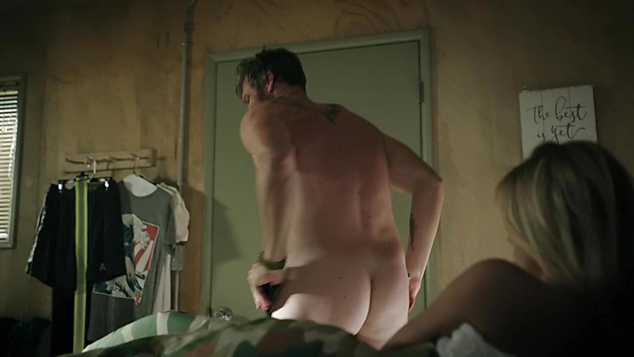Derek Theler sexy shirtless scene January 23, 2020, 3pm
