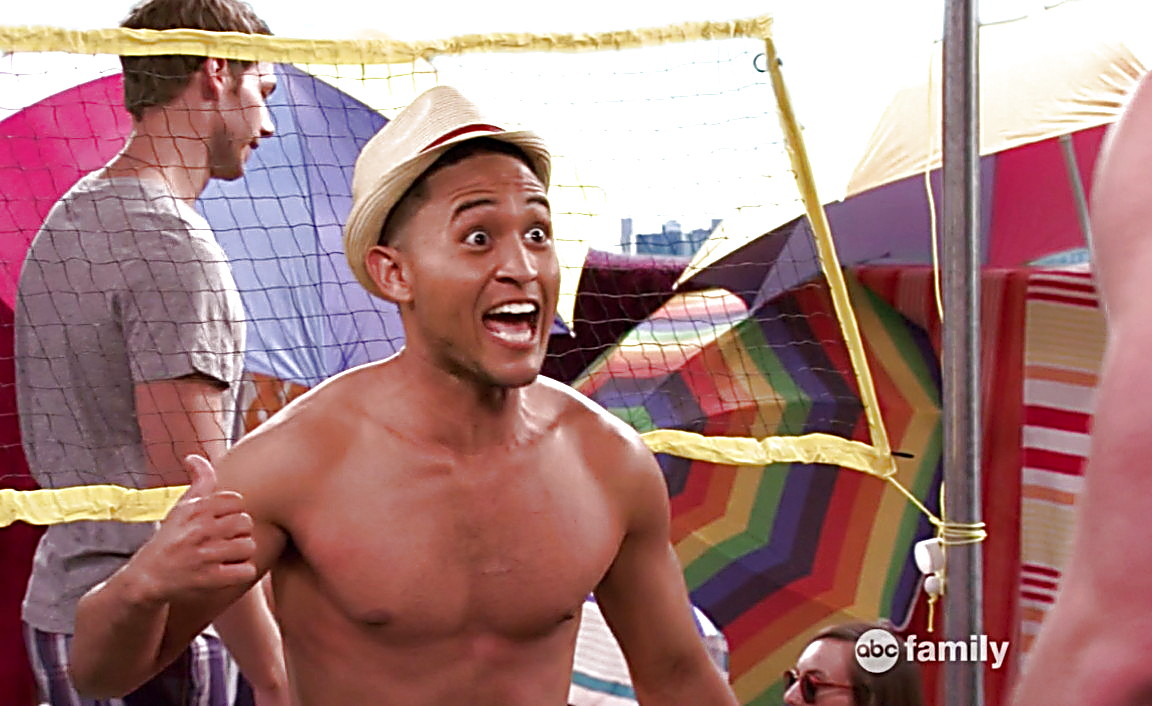 Tahj Mowry sexy shirtless scene February 16, 2014, 7pm
