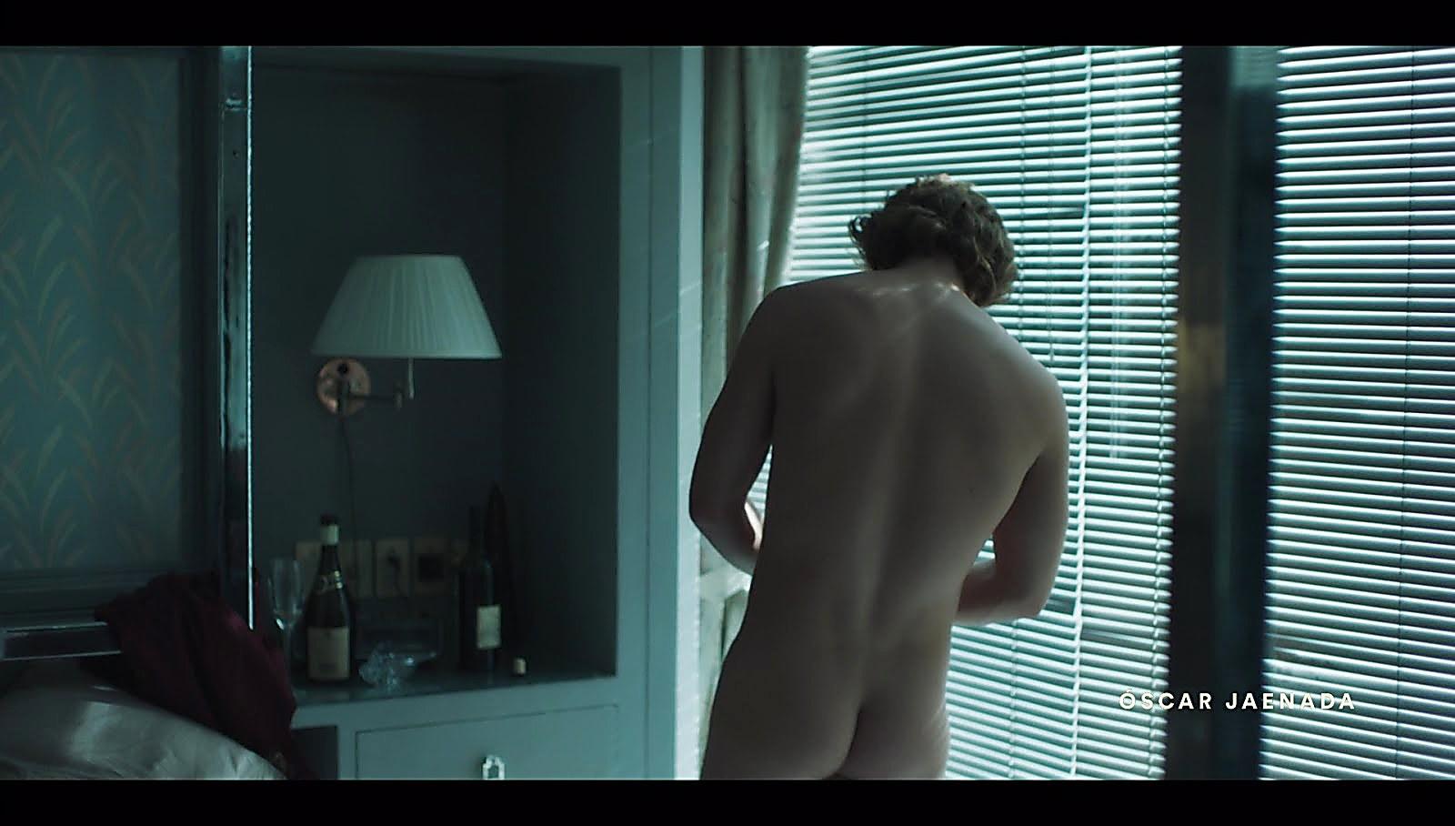 Diego Boneta sexy shirtless scene May 30, 2018, 4am