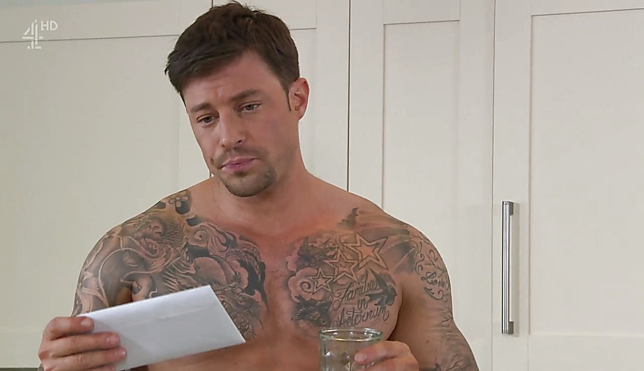 Duncan James sexy shirtless scene May 3, 2017, 2am