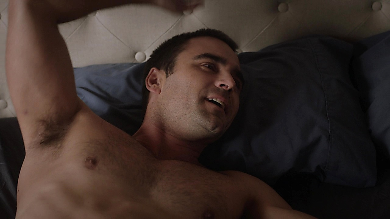 Dustin Clare sexy shirtless scene December 29, 2019, 1pm