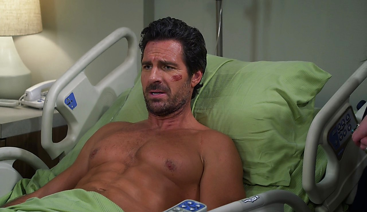 Ed Quinn sexy shirtless scene January 24, 2017, 11am