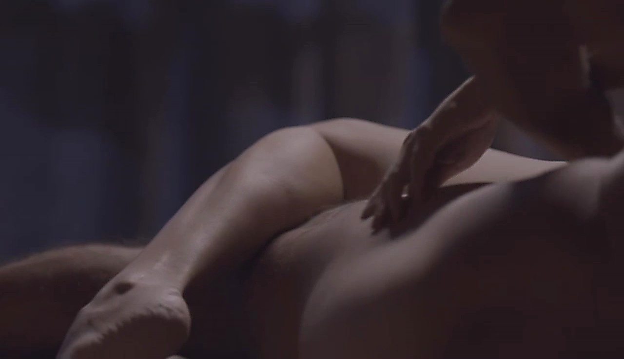 Eduardo Moscovis latest sexy shirtless scene April 16, 2018, 11am