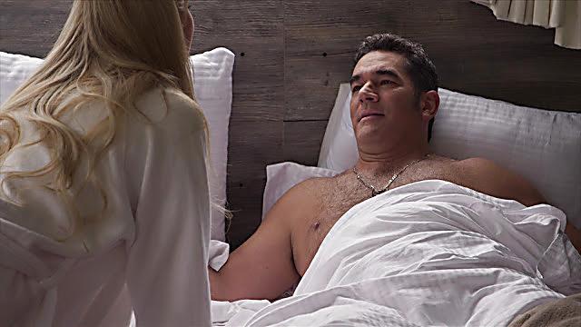 Eduardo Santamarina sexy shirtless scene July 25, 2021, 5am