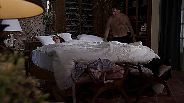 Eduardo Santamarina sexy shirtless scene October 9, 2021, 12pm