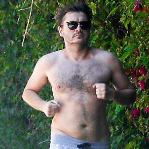 Emile Hirsch latest sexy shirtless May 9, 2020, 11pm