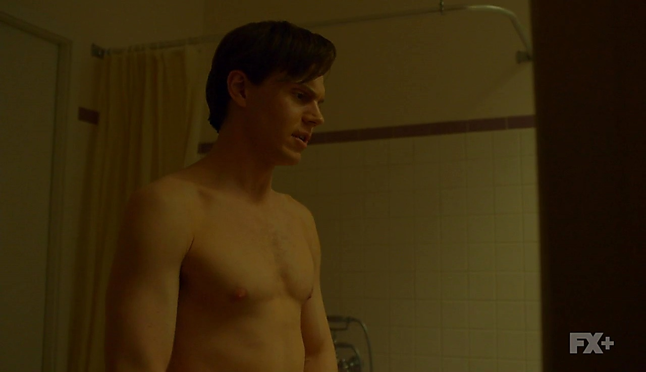 Evan Peters sexy shirtless scene June 25, 2018, 12pm