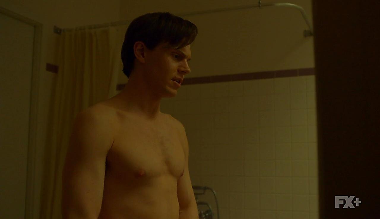 Evan Peters sexy shirtless scene June 25, 2018, 12pm