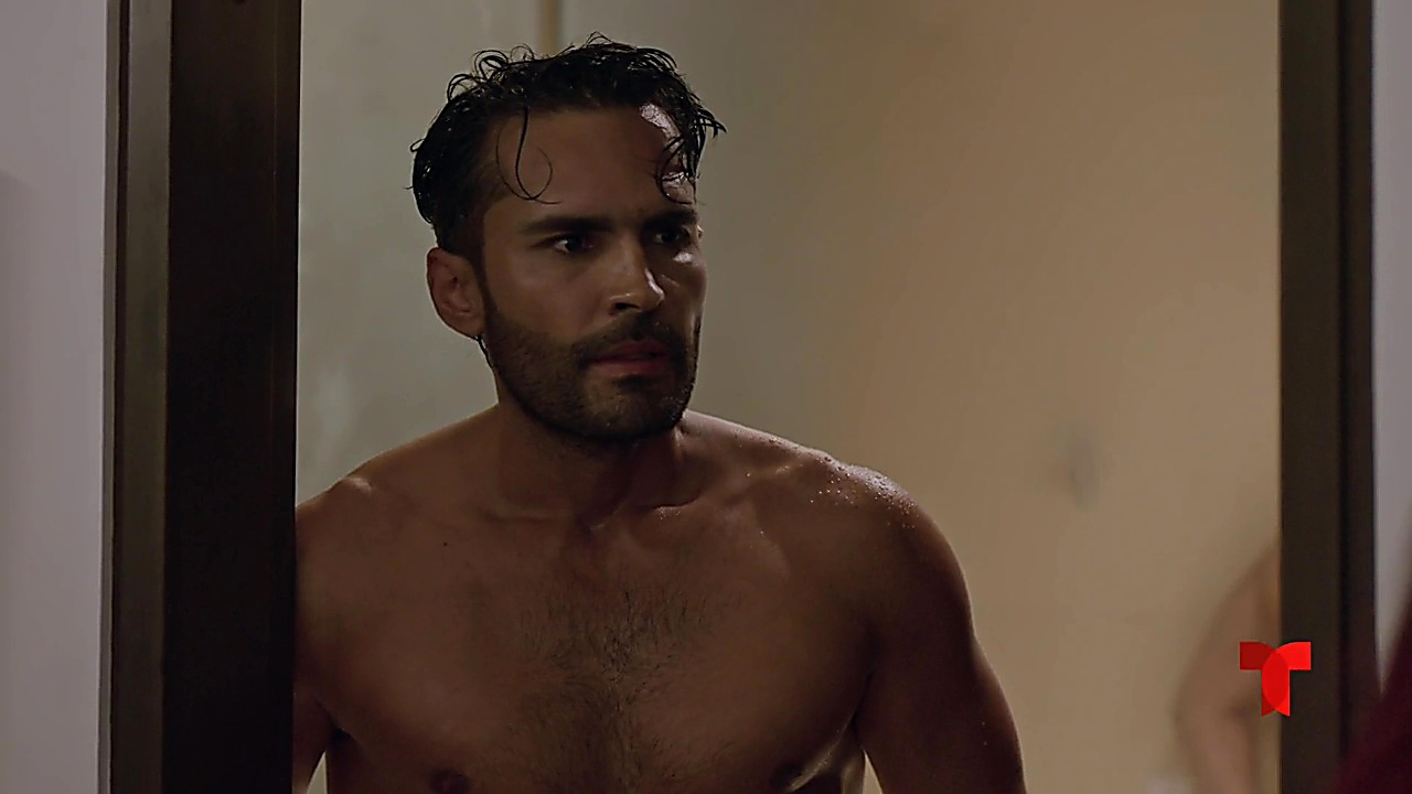 Fabian Rios sexy shirtless scene September 29, 2019, 12pm