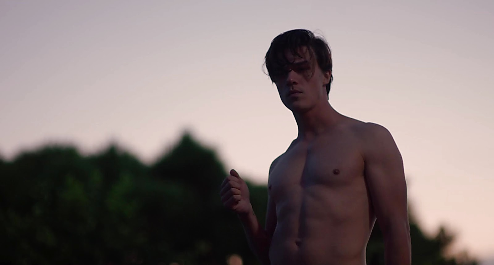 Finn Wittrock sexy shirtless scene April 4, 2019, 1pm