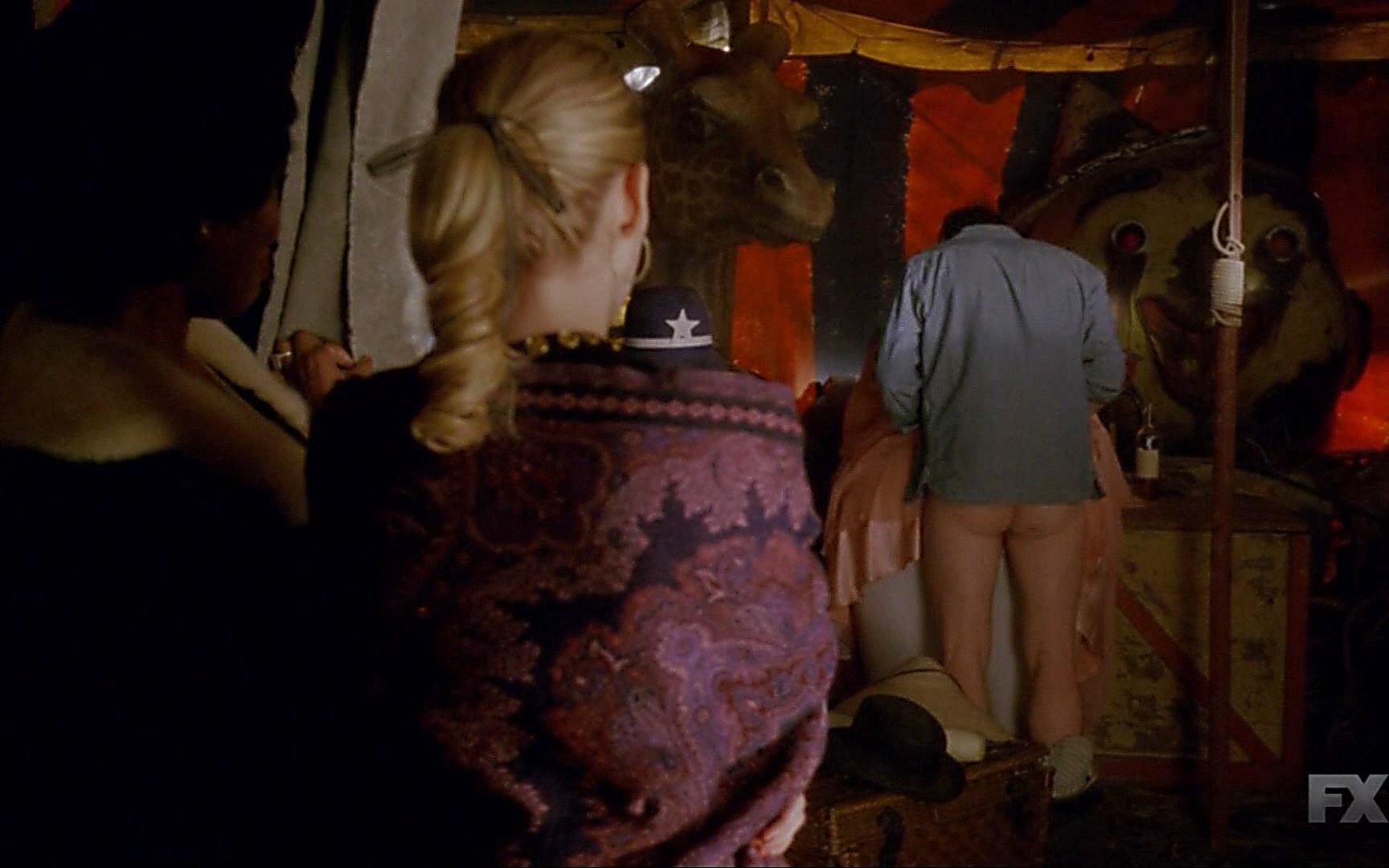 Finn Wittrock sexy shirtless scene January 3, 2015, 2pm