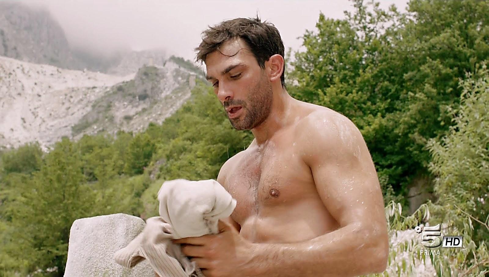 Francesco Arca sexy shirtless scene December 20, 2017, 12pm