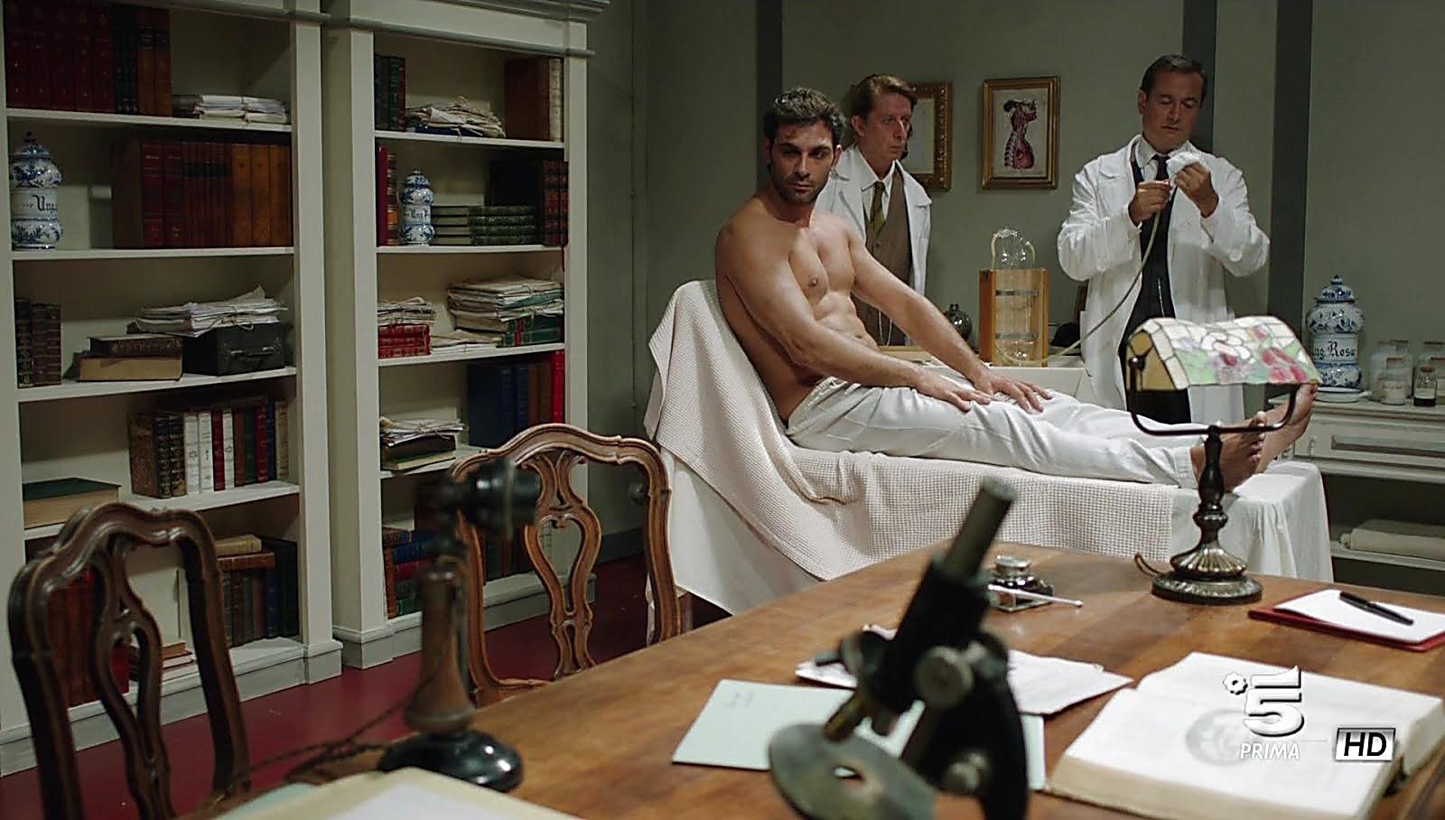 Francesco Arca sexy shirtless scene January 7, 2018, 1pm