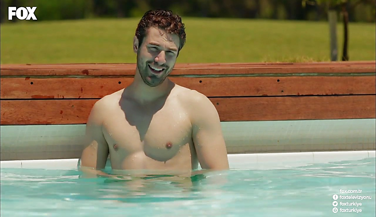 Furkan Palali sexy shirtless scene July 1, 2017, 12pm