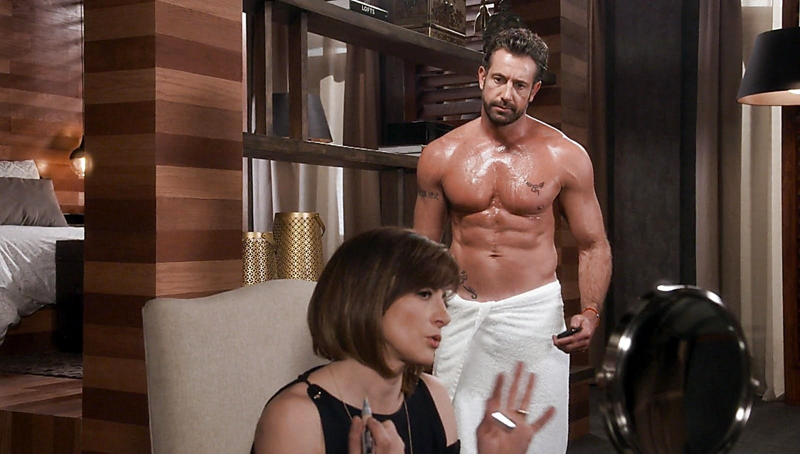 Gabriel Soto sexy shirtless scene November 10, 2017, 3pm