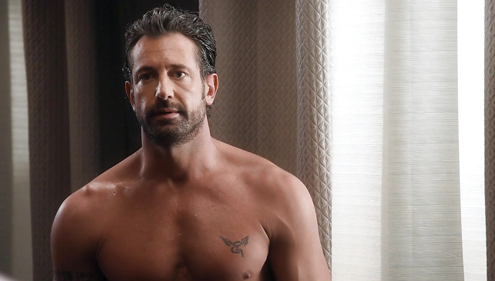 Gabriel Soto sexy shirtless scene November 10, 2017, 3pm