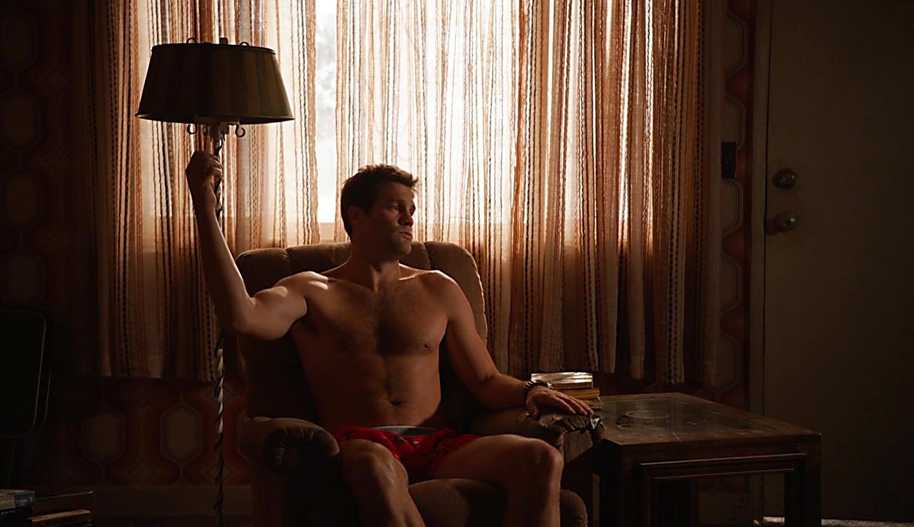 Geoff Stults sexy shirtless scene September 5, 2017, 11am