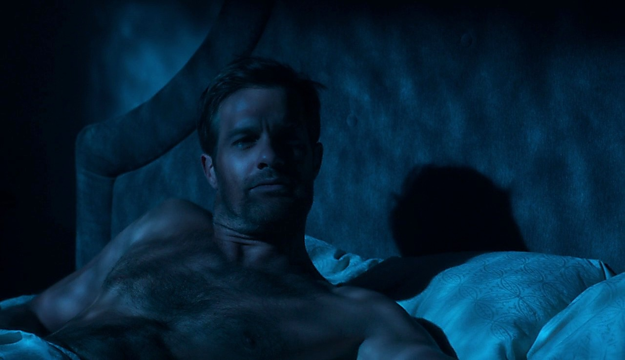 Geoff Stults sexy shirtless scene July 11, 2017, 12pm