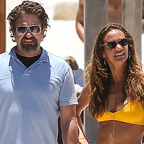 Gerard Butler latest sexy shirtless July 2, 2017, 12am