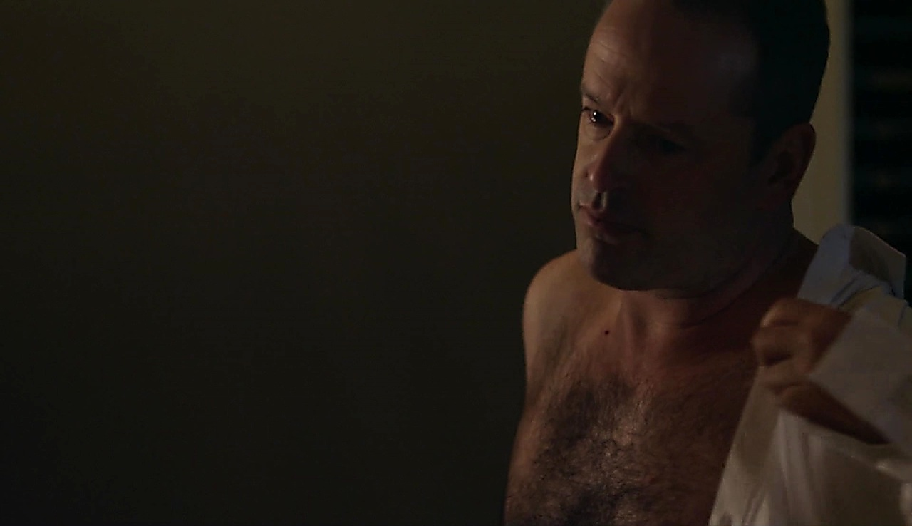 Gil Bellows sexy shirtless scene January 23, 2018, 11am