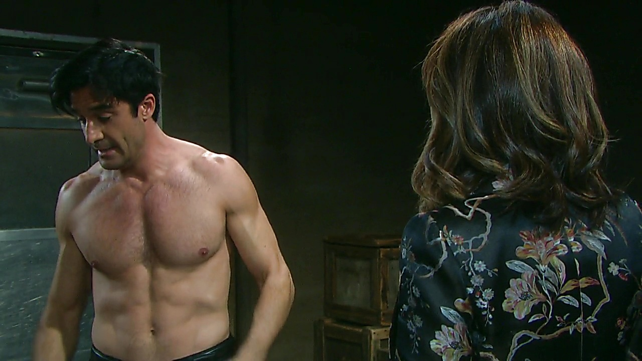 Gilles Marini sexy shirtless scene July 9, 2019, 12pm