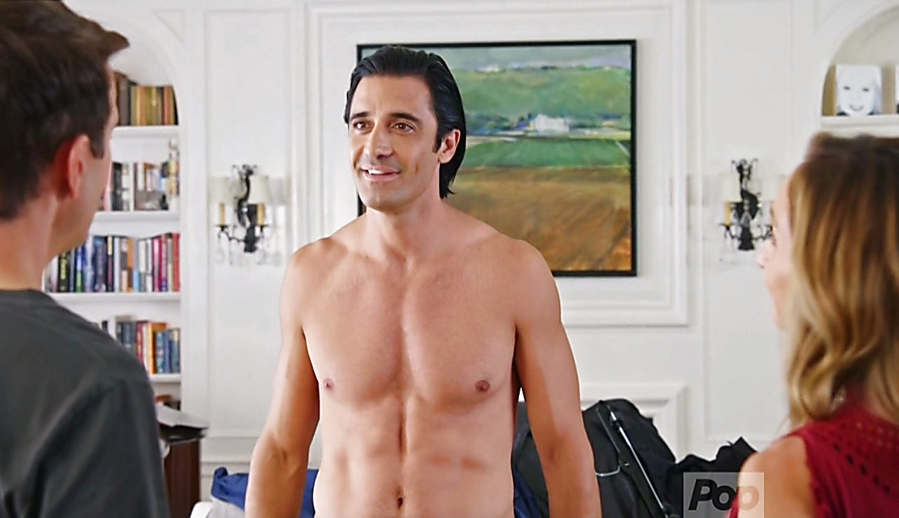 Gilles Marini sexy shirtless scene May 29, 2017, 1pm