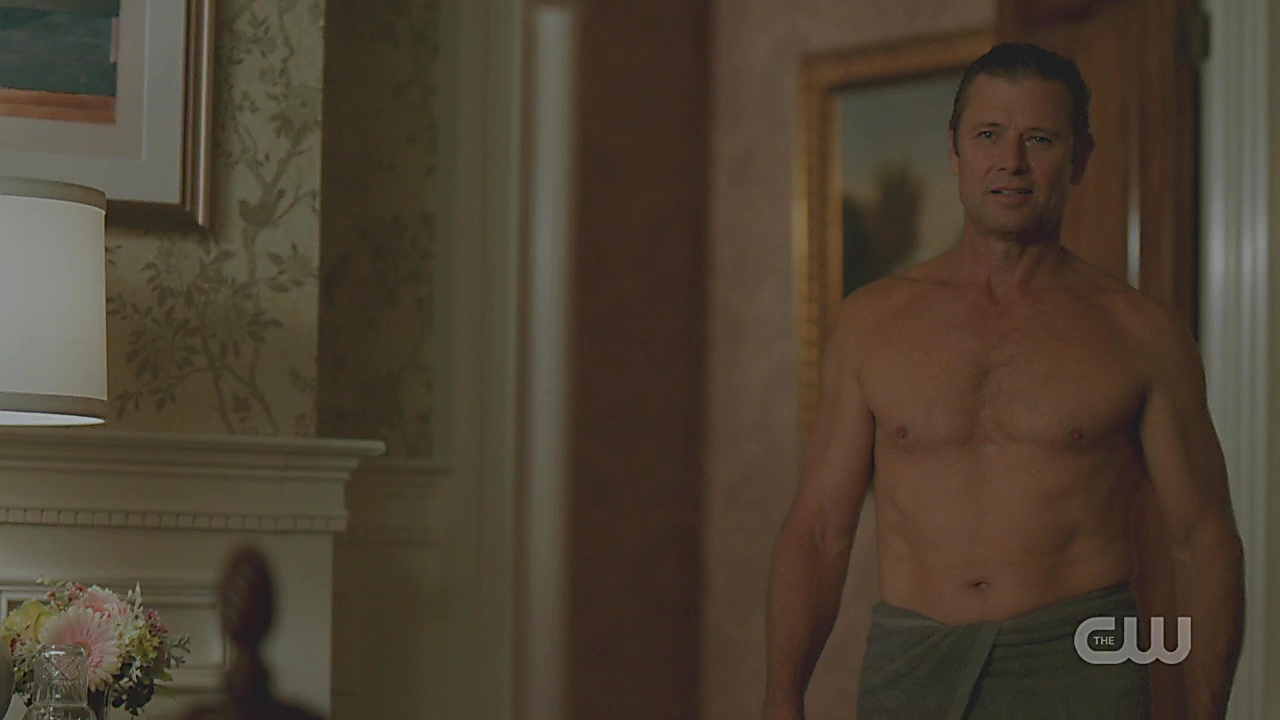 Grant Show sexy shirtless scene December 9, 2018, 6am
