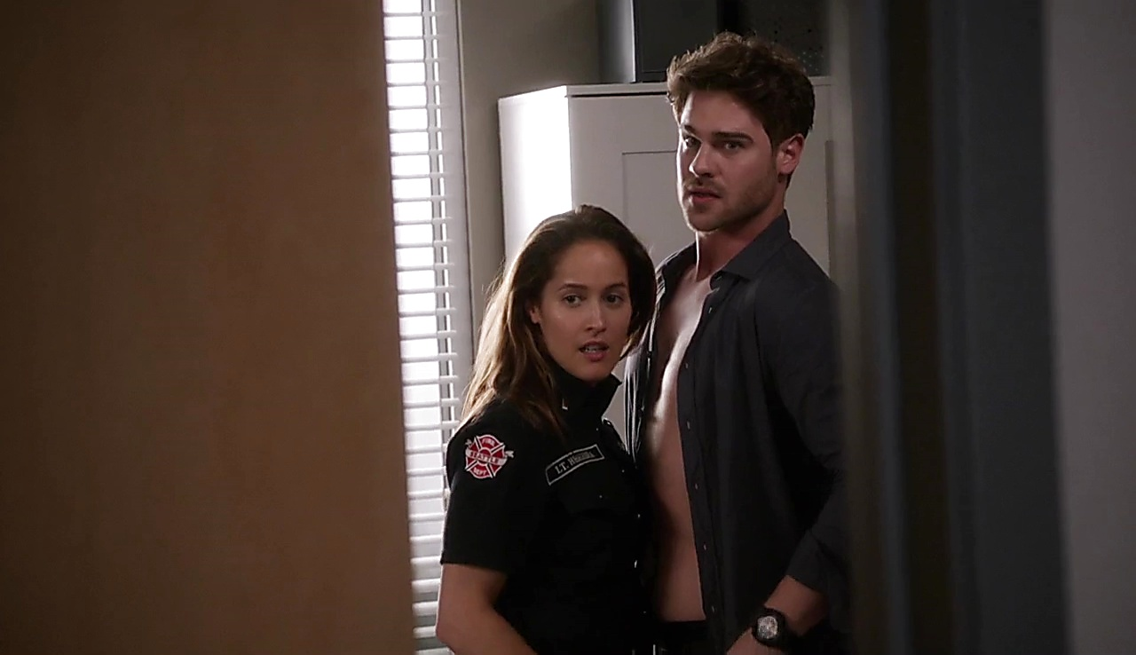 Grey Damon Station 19 S01E04 2018 04 06 2