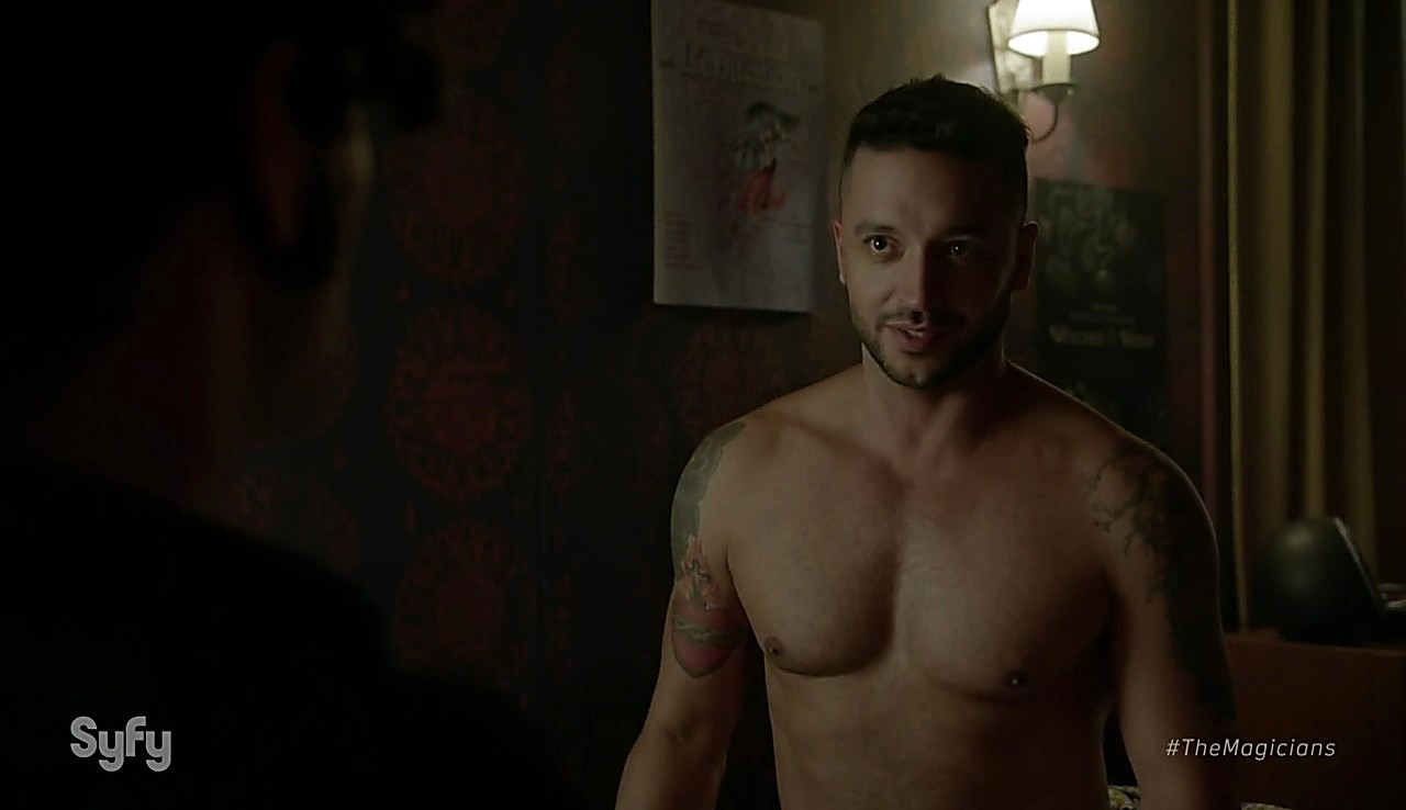 Hale Appleman latest sexy shirtless scene February 16, 2017, 12pm